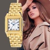 L'eleganza sempre al tuo polso! #orologio #watchesforher #goldwatch #elegantwatch #watchoftheday #watchforwomen